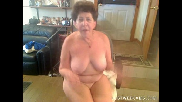 Granny dildoing her pussy and ass on cam
